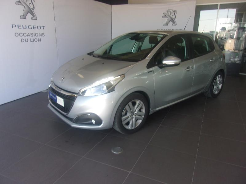 photo de PEUGEOT 208 1.2 PureTech 82ch E6.c Signature 5p